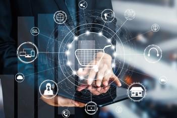 obraz przedstawia dłonie otoczone ikonami pokazującymi schemat relacji i współzależności biznesowych