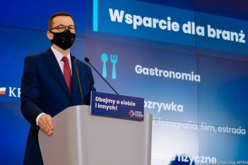 Premier RP Mateusz Morawiecki prezentuje założenia nowego wsparcia